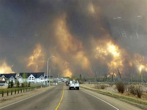 Fort McMurray wildfire in Alberta Canada forces evacuation