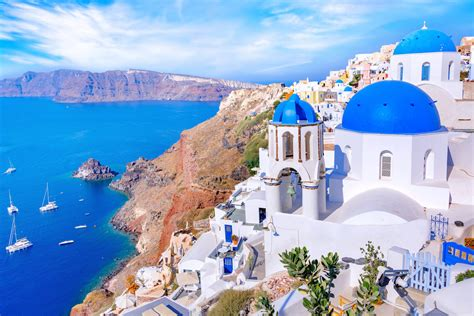 Santorini boat tour by catamaran - Prime Experience with