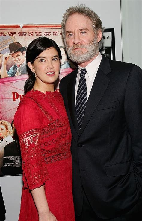 Phoebe Cates with her husband Kevin Kline   Phoebe cates