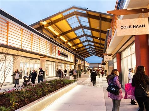 Tanger Outlets | Ottawa, ON | Stores