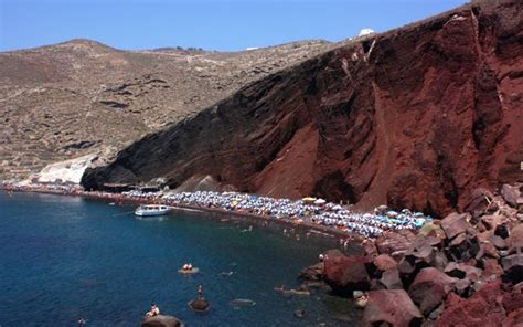 The Best Beaches To Visit in Santorini, Greece | Found The